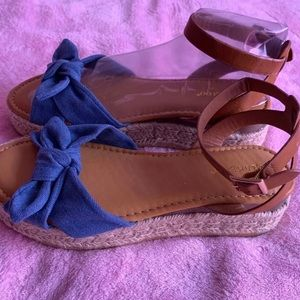 Sandals size 8 1/2 NEW